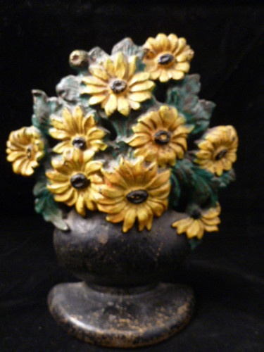 HUBLEY DAISY BOWL Cast Iron Door Stop