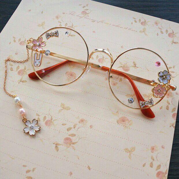 Floral specs ✨kirsten✨