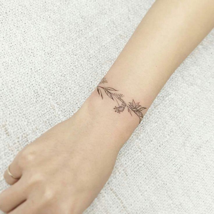 Flower tattoo bracelet