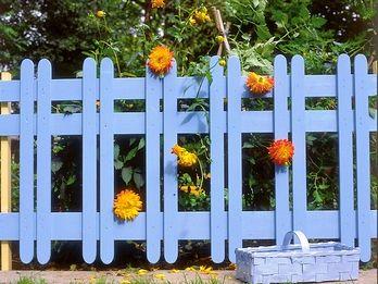 Красивый забор своими руками