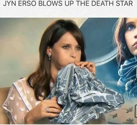 Jyn Erso blows up the death star