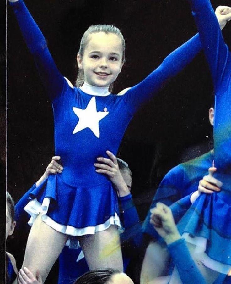 """Throwing it back to UKCA 2006 @theukca #minime #cheerleader #ukca""  #repost @haylsratcliffedance"