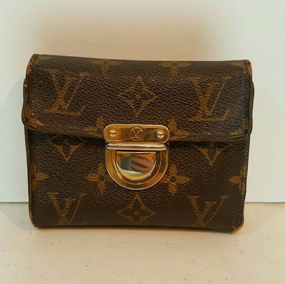 Louis Vuitton Joey wallet. PRICE FIRM on this item In used condition with quite a bit of wear.   See pics.   This is at the lowest I can go before I keep it 🙂 Louis Vuitton Bags Wallets