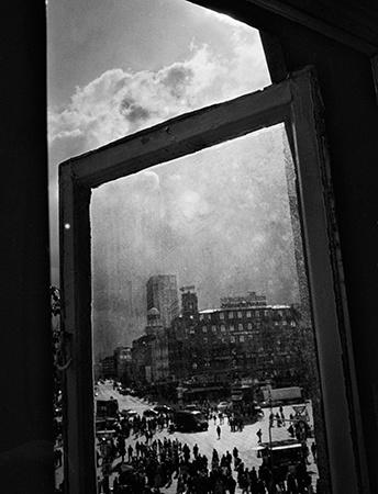"Inspiring urban-ish series ""Isola"" by Martin Bogren"