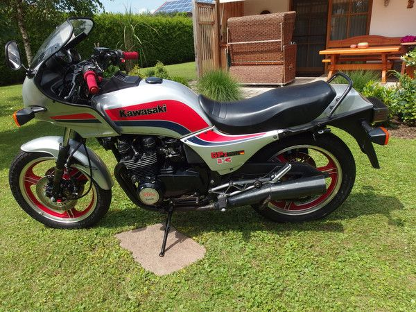 Kawasaki's & Honda's from the 80's — Kawasaki GPZ550 UT 1984 Nur 2.178 KM, 1.Hd!...