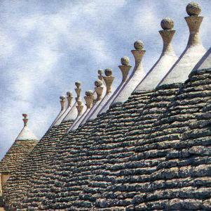 I trulli (dal greco tardo τρούλος, cupola) sono antiche costruzioni in pietra a secco, coniche, di origini protostoriche tipiche ed esclusive della Puglia centro-meridionale.  I Trulli di Alberobello sono stati dichiarati Patrimonio mondiale dell'umanità dall'UNESCO.
