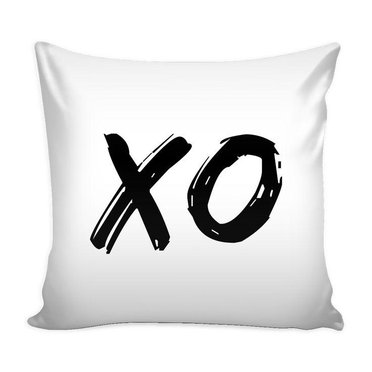 XO White - Pillow Cover