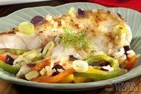 Receita de Robalo assado ao óleo de coco em receitas de peixes, veja essa e outras receitas aqui!