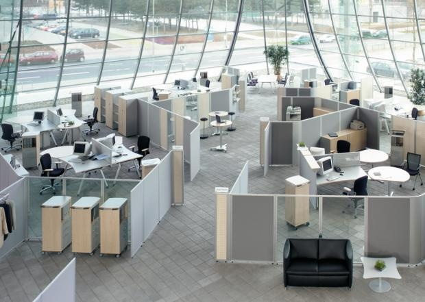 Modern office space with a quality office furniture for Office interior design uk