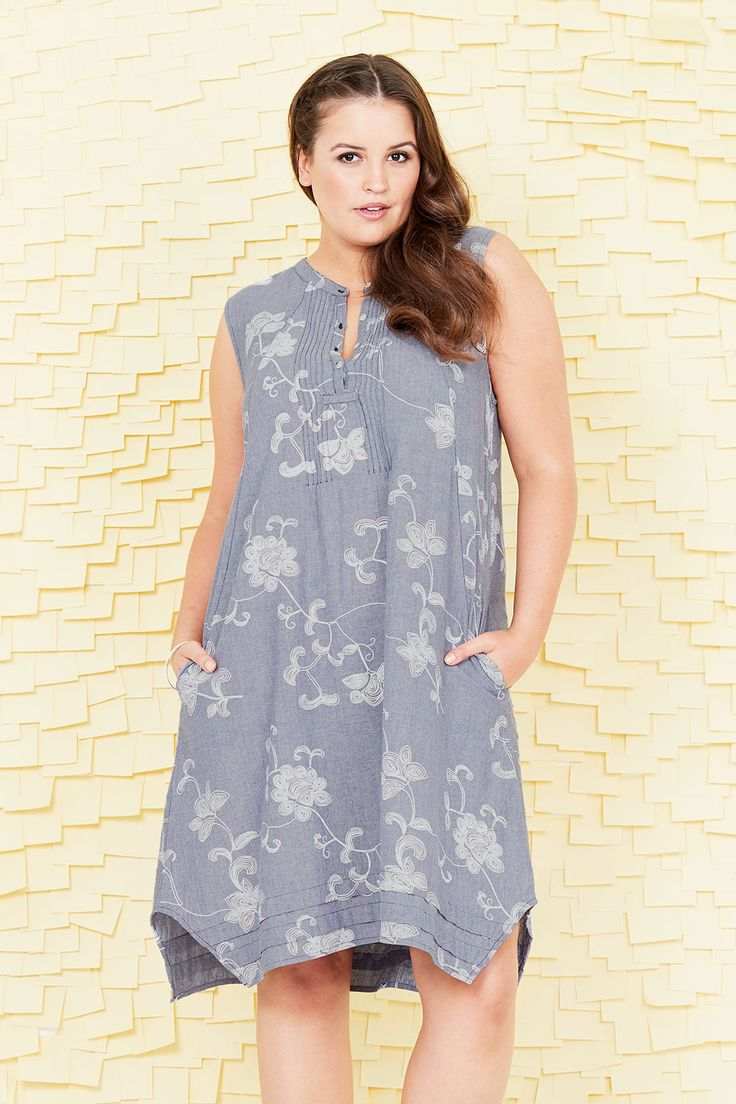 HANDPICKED BY BIRDS - Printed Floral Dress