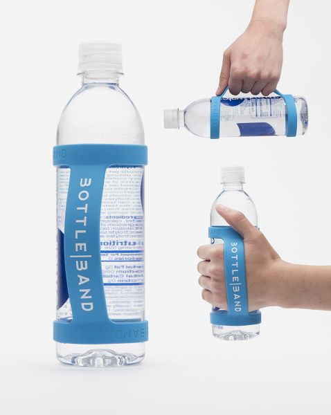 Silicone handle that can fit on virtually any bottle. It is great for running walking or hiking. It is also perfect for carrying your bottle in the everyday hustle and bustle of life. Perfect for giveaways or brand promotion. Whether its a fundraiser, benefit walk, or corporate gift, it is great for companies with a focus in health and wellness.