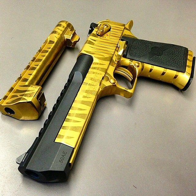Golden Desert Eagle Weapon Guns Hand Guns Weapons