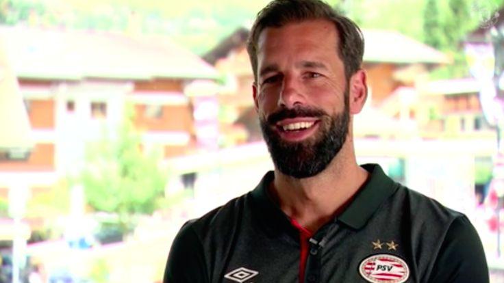Ruud van Nistelrooy's message for Romelu Lukaku  - Official Manchester United Website