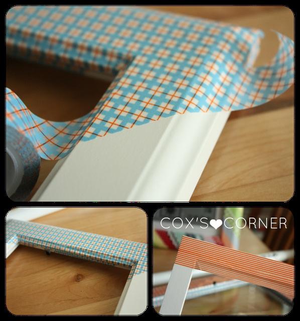Personnalisez vos cadres avec du masking-tape adapté à la couleur de votre décoration.