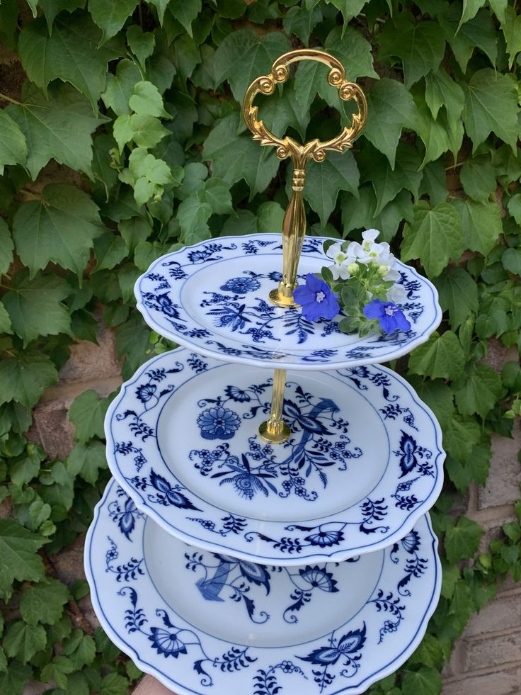 Exquisite blue danube japan serving tier cake stand