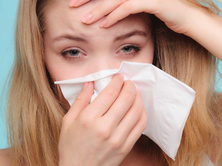 Κρυολόγημα: Αυτές οι τέσσερις εύκολες μέθοδοι πρόληψης θα σας βοηθήσουν να γλιτώσετε την αρρώστια και να μειώσετε αισθητά τα ενοχλητικά της συμπτώματα.