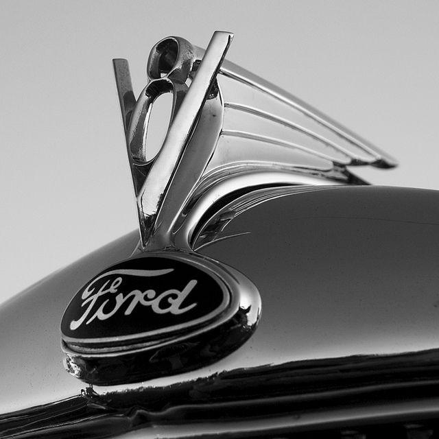 Classic Ford V8 hood ornament © Stephen Masiello