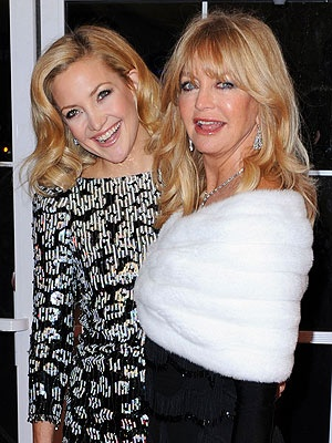 - Goldie Hawn and daughter Kate Hudson ... Both fine actresses.