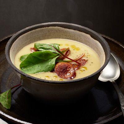 Jordärtskockssoppa med kryddig korv