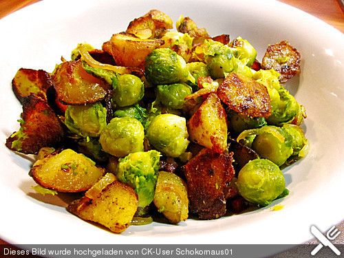 Kartoffel - Rosenkohl - Pfanne, ein beliebtes Rezept aus der Kategorie Gemüse. Bewertungen: 16. Durchschnitt: Ø 3,4.