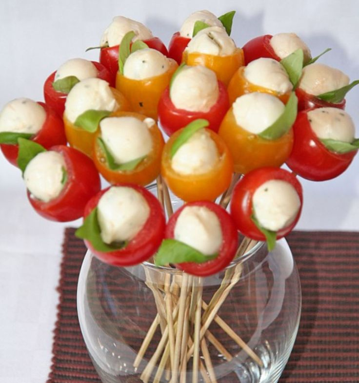 tomato-mozarella party food