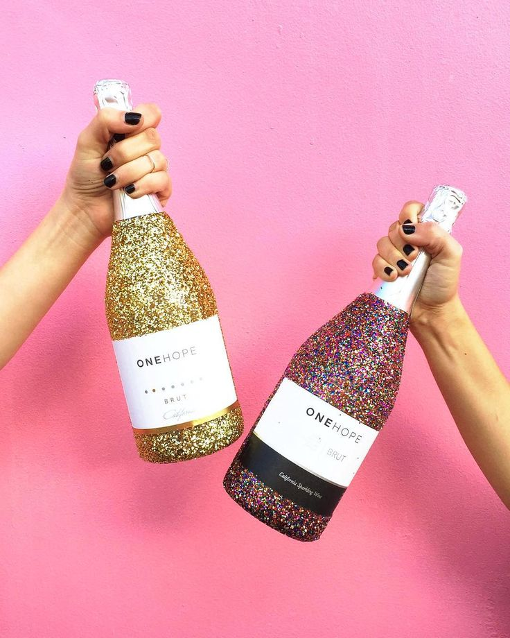Onehope Glitter Edition Sparkling Wine - $59.00 http://www.onehopewine.com/sale/