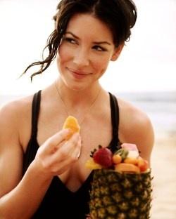 .Fruit, Evangeline Lilies, Evangeline Lilly, Lost, Beautiful Women, Lady, Beach, Beautiful People, Celebrities Crushes