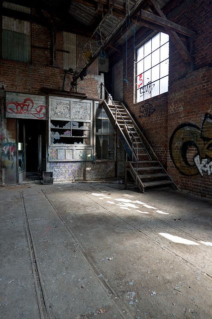 """(Closed) Although the warehouse was a bit cliche for Anastasia, she didn't care. Leaning against the wall, she glanced at the tied up girl in front of her every once in a while. Oh, the things she had planned for the poor female. When the girl started to groan, the assassin smirked. """"Rise and shine, darling."""""""