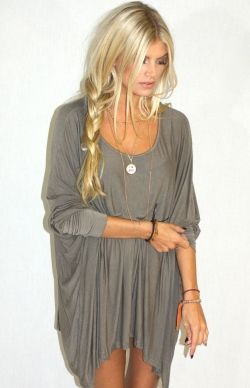 Messy braid. Perfect for the beach.: Fashion, Style, Clothes, Dress, Outfit, Messy Braids, Loose Braids, Side Braids, Hair Color