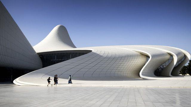 Centre culturel de Bakou, Azerbaïdjan par Zaha Hadid                                                                                                                                                                                 Plus