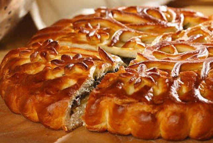 4 Простых рецепта семейных пирогов.  1. Вишнёвый пирог.  Понадобится:  2-3 стакана муки, грамм 200 маргарина, 0,5 стакана сахара – можно больше, кто люб... - Bon Appetit - Google+