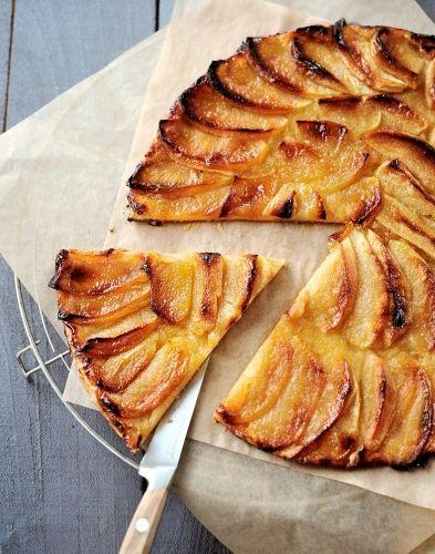 Fine tarte aux pommes et au beurre salé