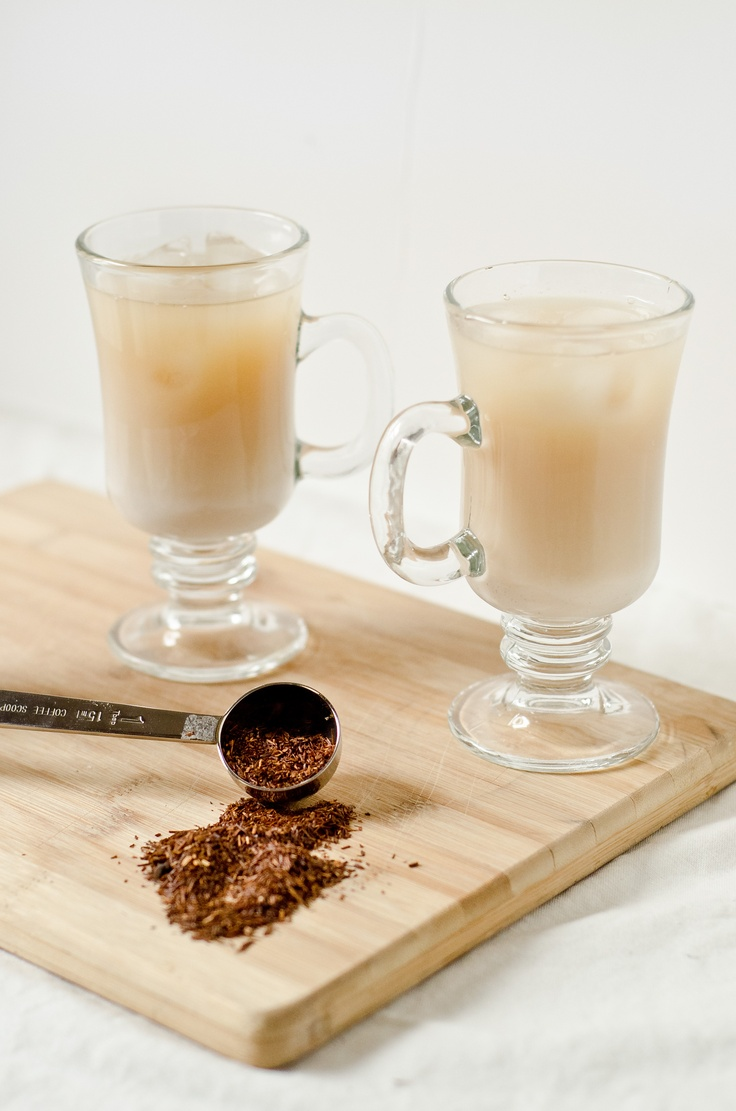 Iced Vanilla Rooibos Latté    http://thefigtree.blogspot.ca/2012/05/iced-vanilla-rooibos-latte.html