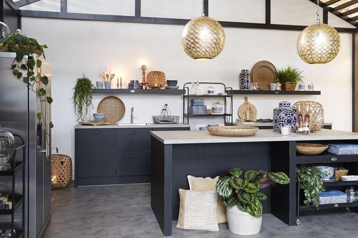 Zwarte keuken van hout - Riverdale Vintage keuken