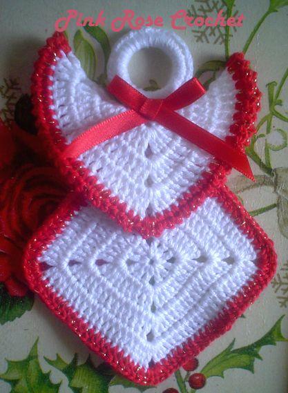 Olá!   Hoje eu fiz este outro modelode Anjo Enfeite de Natal.  Nem precisa de receita,são dois Quadradinhos Granny Squares  para o corpo ...
