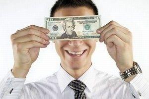 Финансовый феномен Базермана   Профессор Макс Базерман показывает $20 купюру студентам MBA из Harvard Business School и сообщает, что отдаст ее человеку, который даст за нее больше денег. Правда, есть небольшое условие: человек, который был сразу за победителем, должен будет отдать профессору сумму, которую он был готов отдать за $20.   К примеру, две самые высокие ставки были $15 и $16. Победитель получает $20 в обмен на $16, а второй человек отдает профессору $15. Таковы условия.   Торги…