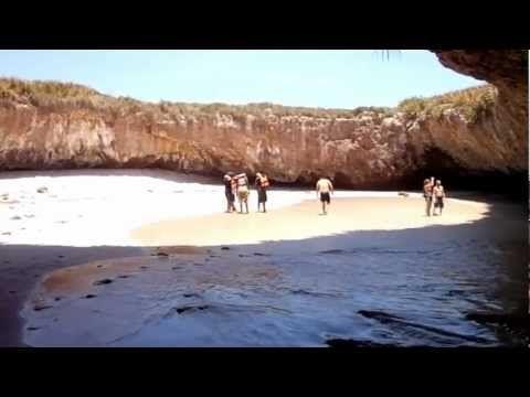 Hidden Beach Marieta Islands Puerto Vallarta / Playa Escondida en Islas Marietas Puerto Vallarta
