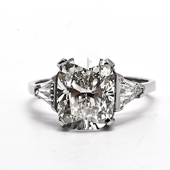5.60 cts Cushion Cut Engagement Ring