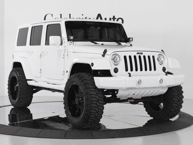 Celebrity Auto Group | 2013 Jeep Wrangler Unlimited Sahara 4X4