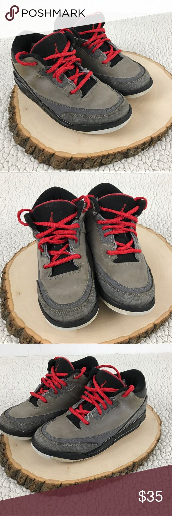 Nike Air Jordan Retro III Youth Basketball Shoes These sneakers are previously worn, and have lots of life left in them. They were outgrown and are still in wearable condition. Please see photos for detail. Nike Shoes Sneakers