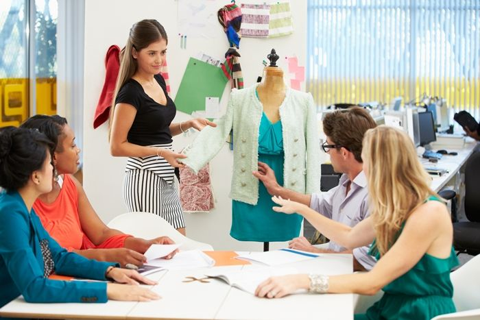 How To Learn Fashion Designing At Home Online Fashion Design Course Online Fashion Designing Colleges Career In Fashion Designing Fashion Designing Course