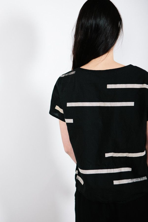 Uzi NYC Broken Stripe Black Tee – Parc Boutique