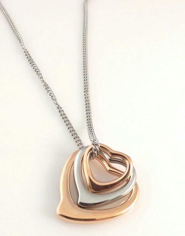 Stainless steel heart charm neckkace. Personalise it or keep it plain. Choose your colours.