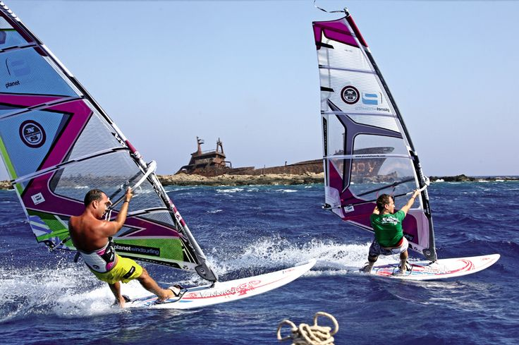 This place is in Greece (Naxos) #windsurfing