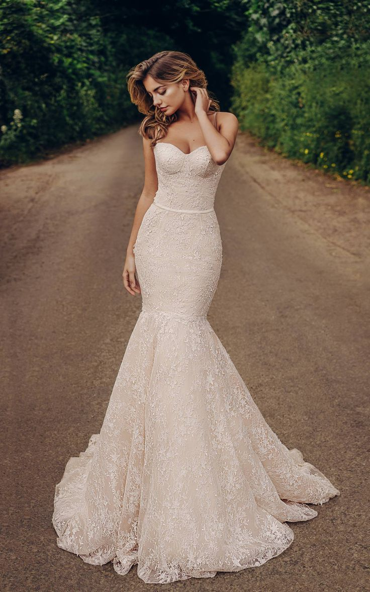 20 Corset Wedding Dresses We Love Wedding Dresses Mermaid Wedding Dress Bridal Dresses [ 1177 x 736 Pixel ]