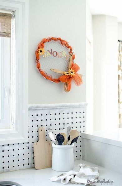 repurposed kitchen tools wreath, crafts, repurposing upcycling, seasonal holiday decor, wreaths