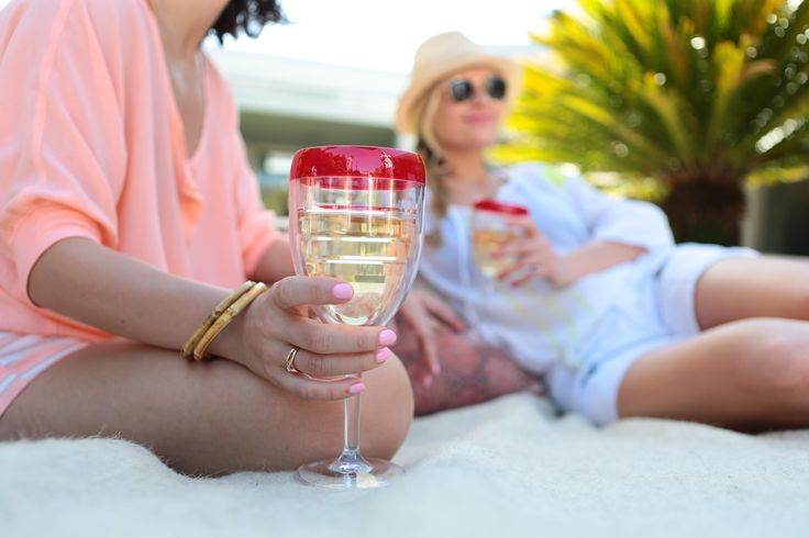 Tervis Tumbelr | Ivystone | WTC 236 | Sturdy stemware lets you enjoy your favorite wines wherever the moment takes you -- inside, outside, tableside or poolside .