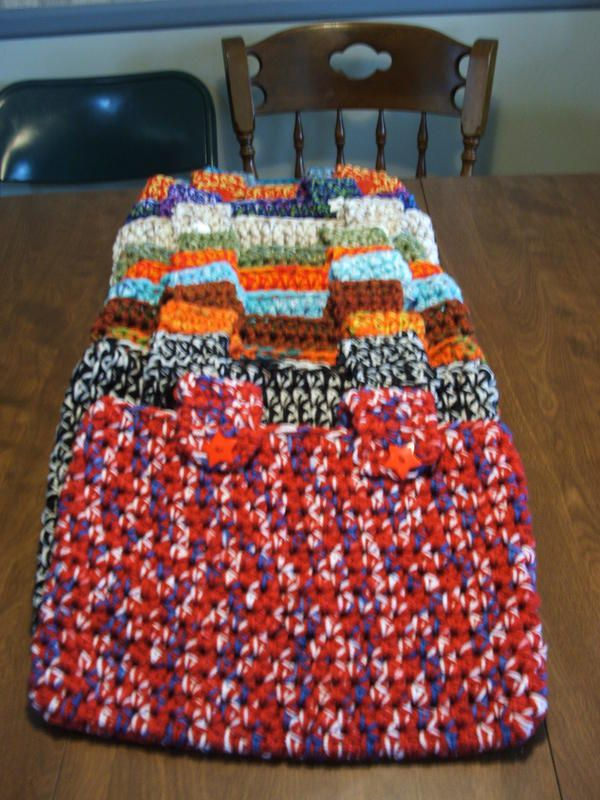 1000+ images about CROCHET TOTES FOR WHEELCHAIRS WALKERS ...