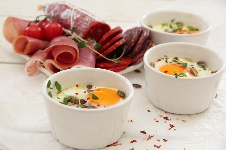 Cocotte med egg, spinat og Tind spekemat