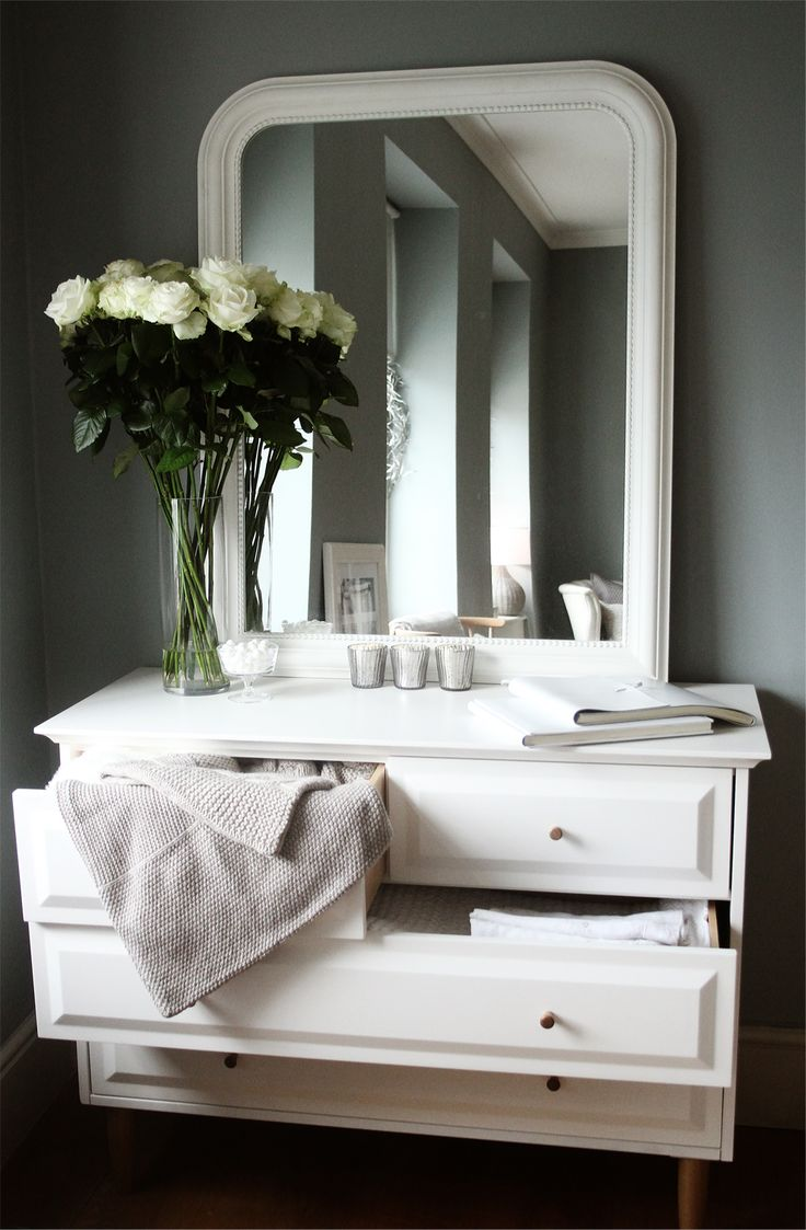 The white company christmas in july preview